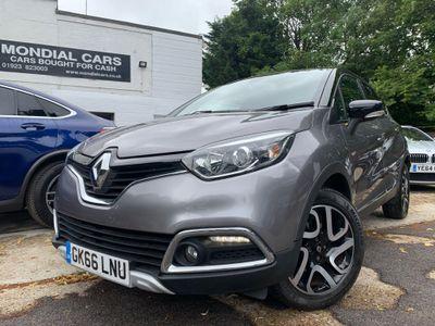 Renault Captur SUV 1.2 TCe Signature Nav EDC Auto 5dr