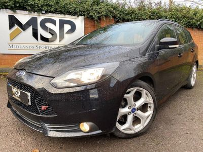 Ford Focus Estate 2.0 T ST-2 5dr