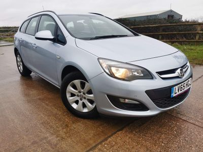 Vauxhall Astra Estate 1.4 i Design Sport Tourer 5dr