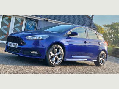 Ford Focus Hatchback 2.0 TDCi ST-2 (s/s) 5dr