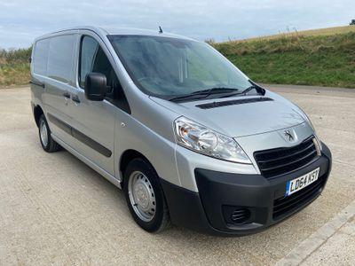 Peugeot Expert Panel Van 1.6 HDi (EU5) L1 H1 Professional SWB 4dr