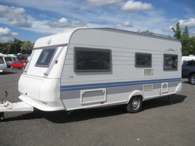 Hobby Prestige Tourer LATE 1999 4 BERTH FIXED BED