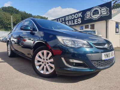Vauxhall Astra Estate 2.0 CDTi Elite Sport Tourer 5dr