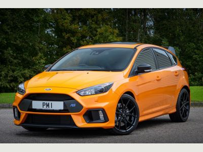 Ford Focus Hatchback 2.3T EcoBoost RS Heritage AWD (s/s) 5dr