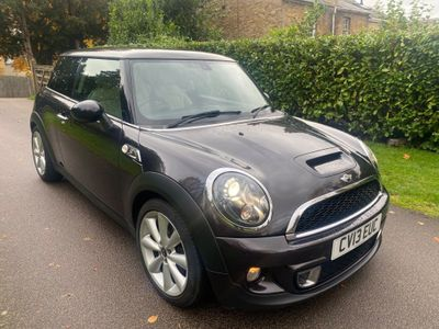 MINI Hatch Hatchback 2.0 Cooper SD (Sport Chili) 3dr