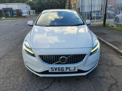 Volvo V40 Hatchback 2.0 D2 Inscription (s/s) 5dr
