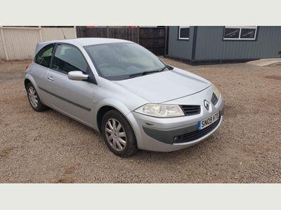 Renault Megane Hatchback 1.9 dCi FAP Dynamique 3dr (Non FAP)