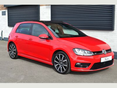 Volkswagen Golf Hatchback 2.0 TDI BlueMotion Tech R-Line Edition DSG (s/s) 5dr