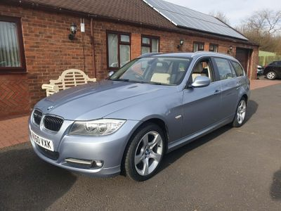 BMW 3 Series Estate 2.0 320i Exclusive Touring 5dr