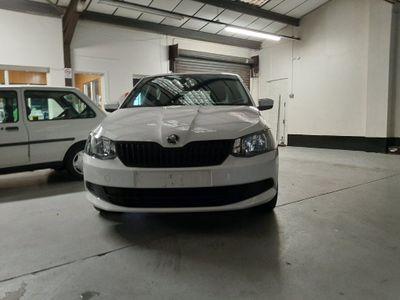 SKODA Fabia Hatchback 1.0 S (s/s) 5dr