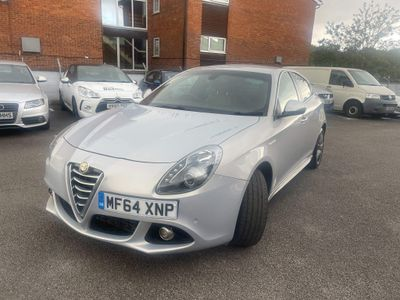 Alfa Romeo Giulietta Hatchback 2.0 JTDM-2 Exclusive (s/s) 5dr