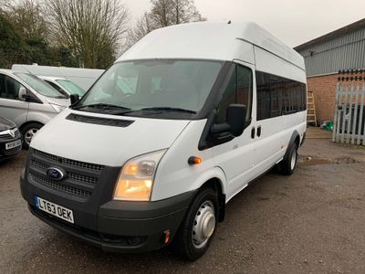Ford Transit Minibus 2.2 TDCi 430 High Roof Bus RWD L 5dr (HDT, 17 Seat)