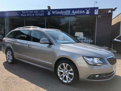 SKODA Superb Estate 2.0 TDI SE 5dr