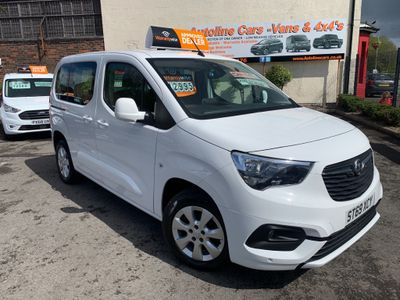 Vauxhall Combo Life MPV 1.5 Turbo D BlueInjection Energy (s/s) 5dr