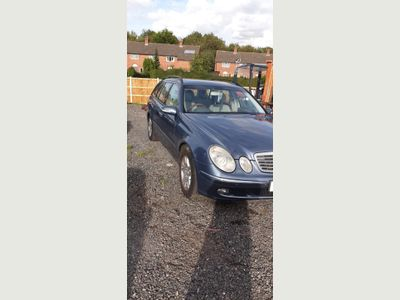 Mercedes-Benz E Class Estate 3.2 E320 CDI Elegance 5dr (Euro 4)