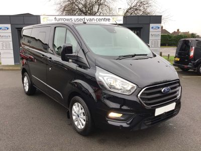 Ford Transit Combi Van CUSTOM 320 L1 D/CAB LIMITED 170 PS