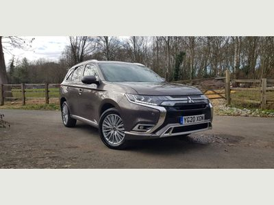 Mitsubishi Outlander SUV 2.4h TwinMotor 13.8kWh Exceed Safety CVT 4WD (s/s) 5dr