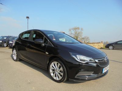 Vauxhall Astra Hatchback 1.6 CDTi BlueInjection Design (s/s) 5dr