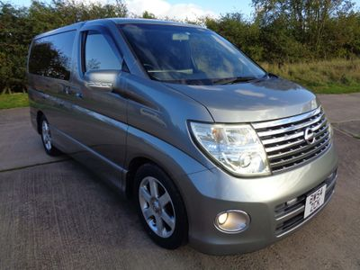 Nissan Elgrand MPV 3.5 V6 Highway Star UK Nav, FSH x 9 Serv