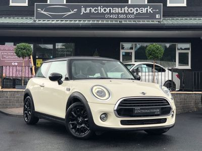 MINI Hatch Hatchback 1.5 Cooper Classic (s/s) 3dr