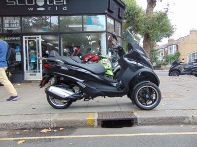 Piaggio MP3 Three Wheeler 300 LT Business ABS