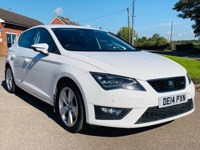 SEAT Leon Hatchback 2.0 TDI CR CR FR (Tech Pack) (s/s) 5dr