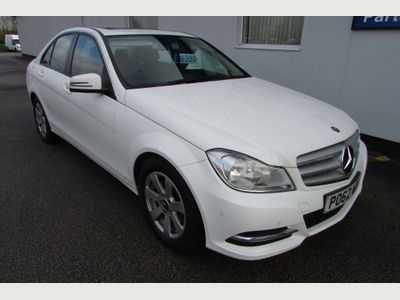 MERCEDES-BENZ C CLASS Saloon 1.6 C180 BlueEFFICIENCY SE (Executive) 4dr