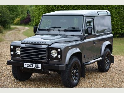 Land Rover Defender 90 SUV 2.2 TD DPF Hard Top 3dr Diesel Manual (266 g/km, 122 bhp)