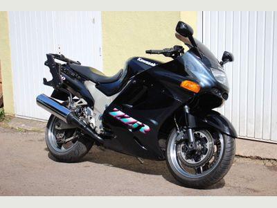 Kawasaki ZZR1100 Tourer 1100 D2