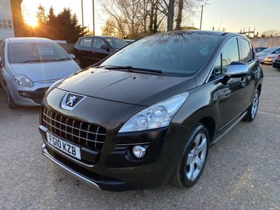Peugeot 3008 SUV 1.6 HDi FAP Exclusive EGC 5dr