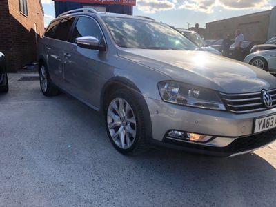 Volkswagen Passat Estate 2.0 TDI BlueMotion Tech Alltrack 4Motion 5dr