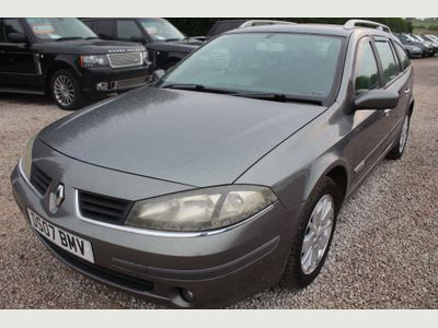 Renault Laguna Estate 1.9 dCi FAP Expression Navigation 5dr