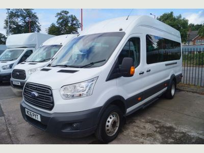 Ford Transit Minibus 2.2TDCi TREND 17 SEAT BUS (AIRCON/EURO6)