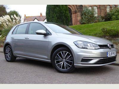 Volkswagen Golf Hatchback 1.6 TDI SE Nav (s/s) 5dr