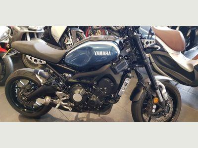 Yamaha XSR900 Naked 900 Naked