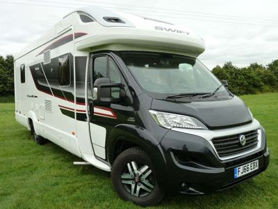 Fiat Ducato Unlisted Swift Kon-Tiki 625 Black Edition