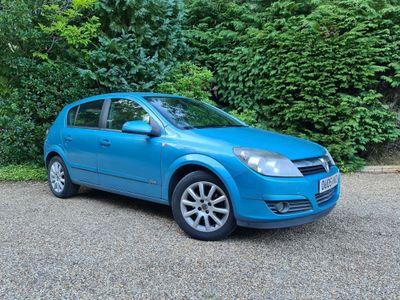 Vauxhall Astra Hatchback 1.6 i 16v Design 5dr (Twinport)