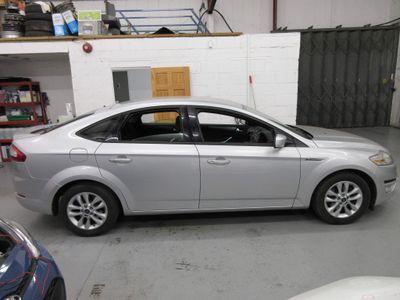 Ford Mondeo Hatchback 1.6 TD ECO Zetec (s/s) 5dr