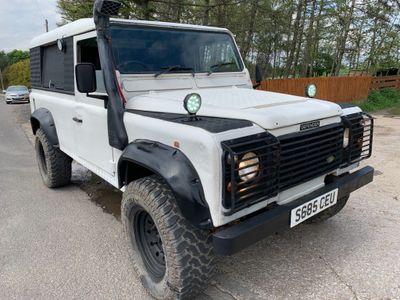 Land Rover Defender 110 SUV 2.5 TDi County MWB