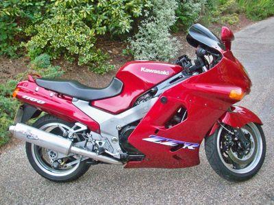 Kawasaki ZZR1100 Tourer 1100 D4