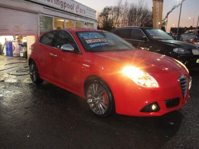 Alfa Romeo Giulietta Hatchback 2.0 JTDM-2 Sportiva 5dr