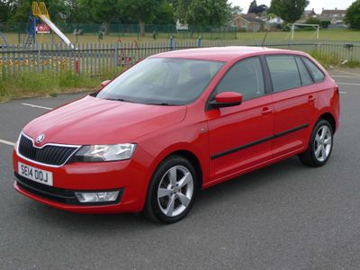 SKODA Rapid Spaceback Hatchback 1.6 TDI Elegance Spaceback 5dr