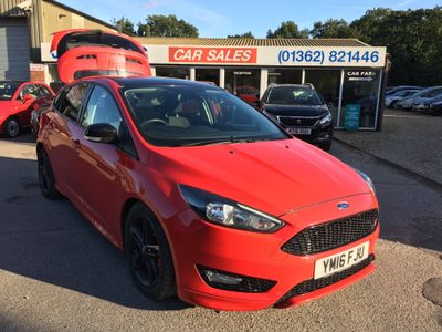 Ford Focus Hatchback 2.0 TDCi Zetec S Red Edition (s/s) 5dr