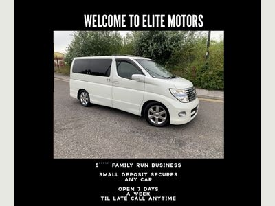 Nissan Elgrand MPV 3.5 Highway Star 8 Seater Pearl White