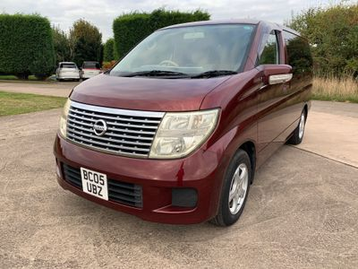 Nissan Elgrand MPV 2.5 4WD with LPG 8 Seater 2005 05 Reg