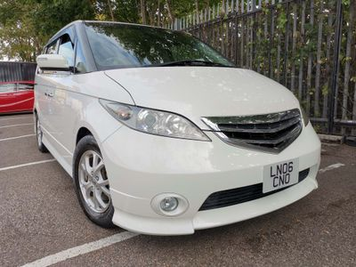 Honda Elysion MPV 8 SEATS AUTO 2.4 DOUBLE ELECTRIC SUNROOF