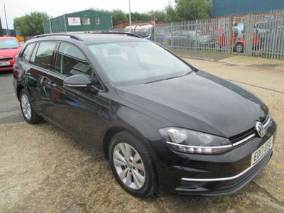 Volkswagen Golf Estate 2.0 TDI BlueMotion Tech SE Nav (s/s) 5dr