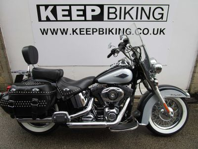 Harley-Davidson Softail Custom Cruiser 1690 FLSTC Heritage Softail Classic