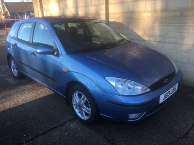 Ford Focus Hatchback 1.8 i 16v Zetec 5dr
