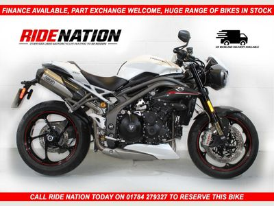 Triumph Speed Triple Naked 1050 RS